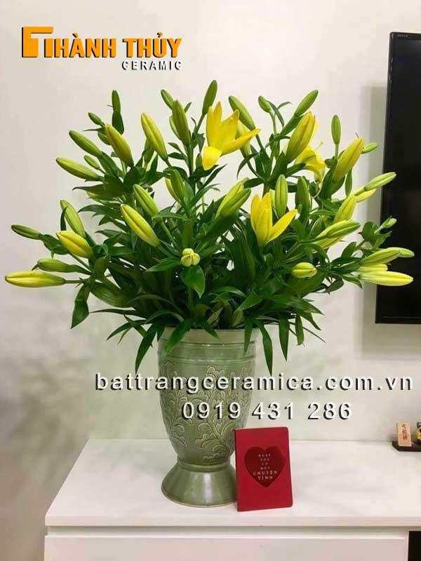 Cách chọn bình cắm hoa Ly đẹp chị em nên biết