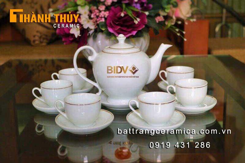 Quà tặng ngân hàng BIDV bộ ấm chén in logo