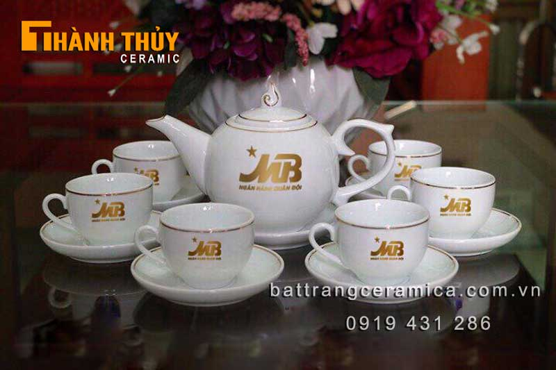 Quà tết doanh nghiệp bộ ấm trà logo vàng kim